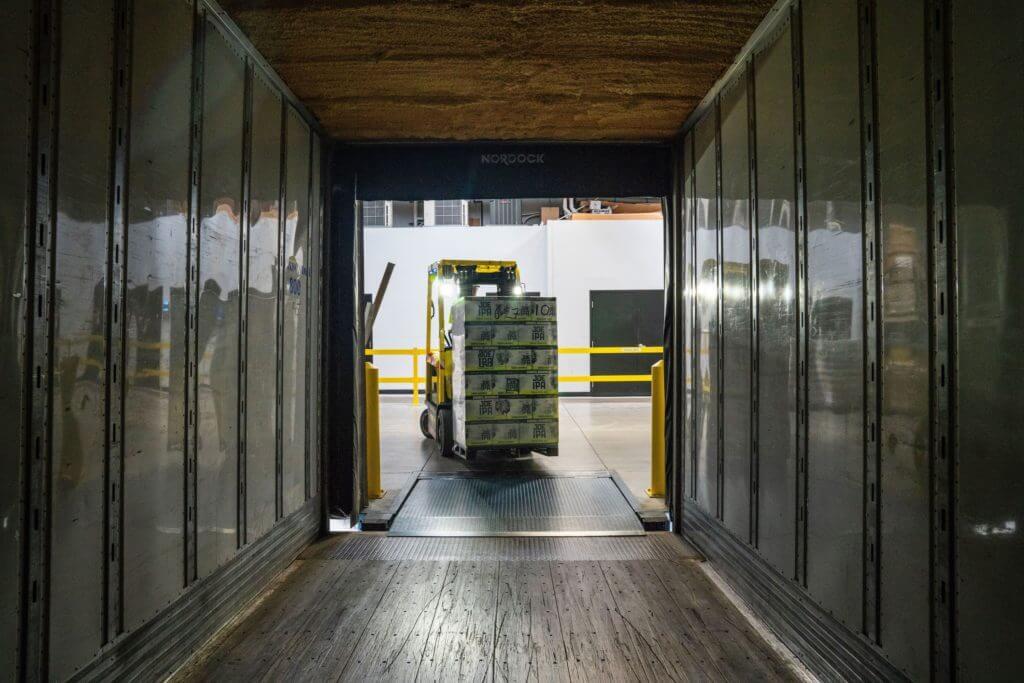 Come affittare un magazzino per la custodia dei mobili ont for Magazzini mobili